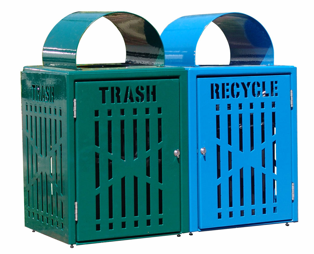 32 Gallon Diamond Trash and Recycling Bins